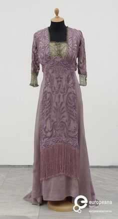 Evening Dress Redfern 1909 Worn in Paris in 1909 at the engagement party of�