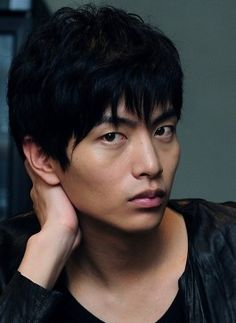 Lee Min Ki is a South Korean actor, model and singer. Lee played his first TV leading role in the melodrama I Really Really Perfect Lips, Lee Min, Korean Actors, Manga Art, Hot Guys, Eye Candy, Crushes, Drama, Handsome