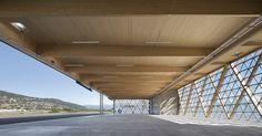 Pôle d'aviationà Cannes-Mandelieu | Comte Vollenweider Architectes