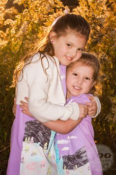 Two beautiful sisters! Children Photography, Family Photography, Fall Portraits, Family Pictures, Photo Sessions, Holiday Cards, Sisters, Studio, Kids