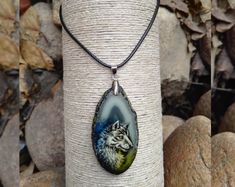 "Pendant made of natural stone (agate) with hand-painted ""Wolf"""