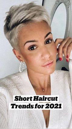 Chic Short Hair, Short Hair Trends, Short Sassy Hair, Super Short Hair, Short Grey Hair, Short Hair Older Women, Pixie Haircut For Thick Hair, Haircuts For Fine Hair, Pixie Hairstyles