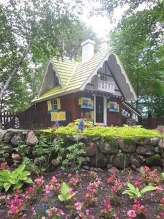 Story Book Fairy Tale Tiny House in New Hampshire - Tiny House Pins