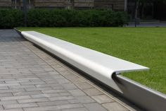 urban bench / DuPont™ Corian®