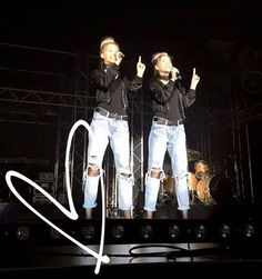 """356.1 k mentions J'aime, 1,284 commentaires - Lisa and Lena 