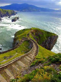 Way to San Juan De Gaztelugatxe Islet, Basque Country Spain To book go to www.notjusttravel.com/anglia