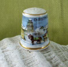 Kaiser Porcelain Christmas Thimble 1980 by nitebyrd on Etsy, $8.50