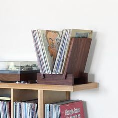 Solid walnut LP record stand in 4 parts. Sides fit into notches on base to create a solid stable platform for viewing and displaying albums. Vinyl Shelf, Vinyl Record Storage, Lp Storage, Lp Regal, Ladder Shelf Diy, Record Stand, Record Player, Muebles Living, Vinyl Records