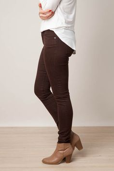 We love everything about our Have Mercy Jeans! They are oh so comfy and stylish, perfect for any fall outfit. S-325 PLEASE NOTE: This item is a final sale item and is non-refundable.
