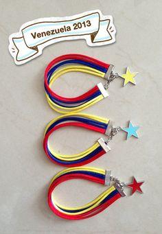 Pulseras tricolor Diy Jewelry, Jewelry Bracelets, Bangles, Friendship Bracelets, Macrame, Jewels, Personalized Items, Earrings, Ideas