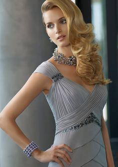 In the fashion design industry, Vintage Style Mother Of The Bride Dresses have come back in style now.