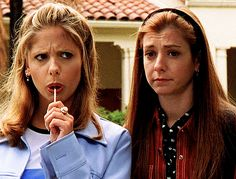 Every Buffy the Vampire Slayer fan remembers the iconic friendship between Buffy Summers and Willow Rosenberg. | Buffy And Willow Had A Mini Reunion And Proved Friendship Never Dies
