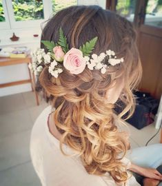 # side Braids with flowers Wedding Hair Side, Boho Wedding Hair, Wedding Hair Flowers, Wedding Hair And Makeup, Flowers In Hair, Hair Makeup, Flower Girl Hairstyles, Fancy Hairstyles, Creative Hairstyles