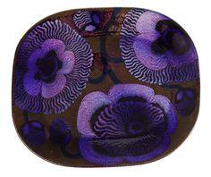 Decorative Dish by Birger Kaipiainen Pottery Plates, Ceramic Plates, Porcelain Ceramics, Ceramic Pottery, Pottery Art, Fine Porcelain, Folk Art Flowers, Flower Art, Flowers Vase