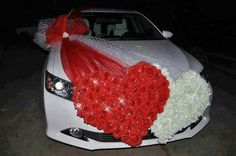 Great idea for the bride and grooms car