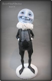 You've been Mooned . anthropomorphic moon - from Bonehead Studios Halloween Sewing, Halloween Doll, Halloween Projects, Halloween Themes, Vintage Halloween, Halloween Pumpkins, Clay Dolls, Art Dolls, Dracula