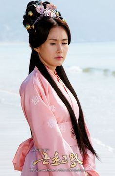 The girl that Prince Yeogu loves, but unfortunately married to the King of Goguryeo. From King Geunchogo