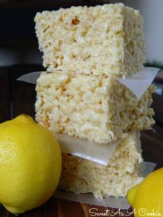 Lemon Supreme Rice Kripsies Treats | A delicious rice krispies treat jam packed with lemon flavor