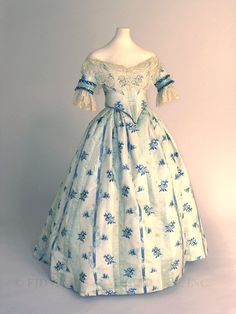 Beautiful 1850s Dress with Evening Bodice