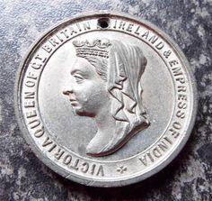 QUEEN VICTORIA GOLDEN JUBILEE 1887 MEDALLION / MEDAL Queen Victoria, Badges, Ebay, Badge