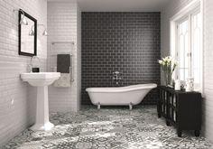 Bodenfliesen in Zementoptik der Serie Heritage mit Facettenfliesen an den Wänden kombiniert