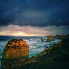 the Great Ocean Road the weather has changed a lot in one day. But I like this place especially the 12 Apostles. #greatoceanroad #12apostles #australia #beautiful #miracle #aussie #shark #colorful #sunset #sky #rain #sea #ocean #lanscape #viewpoint #lookout #landmark by hohoyu002