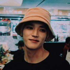 """thread of taeyong in bucket hats. yes, his bucket hats. Nct Taeyong, Winwin, Nct 127, Nct Life, Jung Jaehyun, Na Jaemin, Tsundere, Perfect Boy, Sketches"