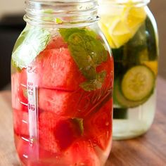 Instagram media by skinnybunnytea - - Watermelon Mint Water  Detox Benefits: Boost Metabolism Burn Fat Flush out Toxins  Ingredients: 2 liters of water 2 tablespoons fresh mint leaves 1 quarter of a watermelon  Directions: 1.Slice watermelon in squares 2.Place watermelon, mint, and water in a large jug. 3.Stir and serve! *Discard fruits after 24 hours of usage