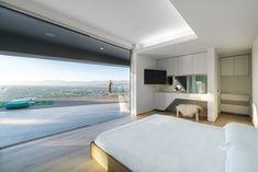 arsha architects' angular mu77 home perches over hollywood hills