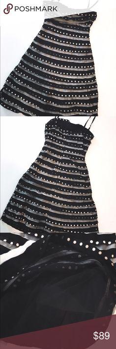 BcbgMaxAzria absolutely stunning dress Like new beautiful dress no damage !!!! Perfect condition BCBGMaxAzria Dresses Midi