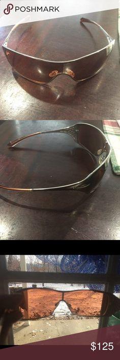 Womens Oakley sunglasses Womens Oakley sunglasses. Good used condition. Oakley Accessories Sunglasses