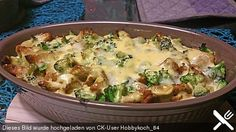 Gyrosauflauf mit Sauce Hollandaise Gyros casserole with hollandaise sauce, a very nice recipe from the Pasta & Noodle category. Noodle Recipes, Pizza Recipes, Grilling Recipes, Sauce Recipes, Casserole Recipes, Healthy Recipes, Hollandaise Sauce, Good Food, Gourmet