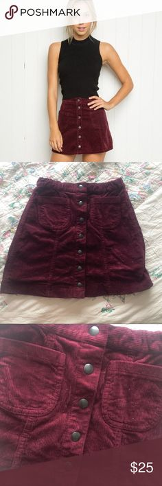 Brandy melville red corduroy skirt Brandy melville red corduroy skirt. Very stretchy, would fit up to a 4. Only worn once. No flaws ✖️NO HOLDS OR TRADES(no exceptions)✖️ No lowest?/lowballing-$3 offers, or offering half price will be immediately declined AND BLOCKED from my closet 💲10% discount on bundles-everything must go! 💖NO NEGOTIATING IN THE COMMENTS! Brandy Melville Skirts Mini