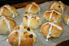 Not buns more like sweet biscuits but super moist and super yum! I soaked the raisins in hot water before. Update- My little sister asks for them almost every week since. My Favorite Food, Favorite Recipes, Caribbean Recipes, Caribbean Food, Trinidad Recipes, Easter Dishes, Hot Cross Buns, Christmas Dishes, Bun Recipe