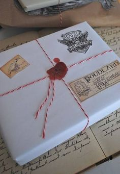 This just might be the best way to wrap all your gifts this season! #PotterDIY