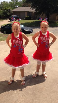 Texas twins Fourth of July fun