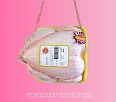 This raw chicken purse will compliment any outfit Unique Handbags, Unique Purses, Purses And Handbags, Trendy Handbags, Unique Bags, Ugly Purses, Novelty Bags, Novelty Handbags, Bag Cake