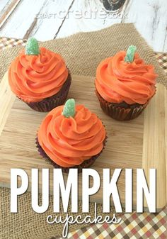 these pumpkin halloween cupcakes are as easy to make as they are to eat - Easy To Make Halloween Cakes