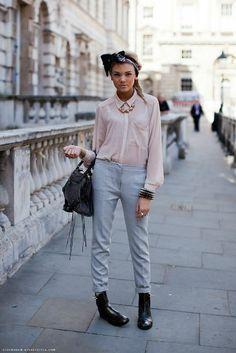 Pastel pants look! | Jenny.gr