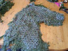Hometalk :: Horse Head Wreath :Decor for Christmas!!