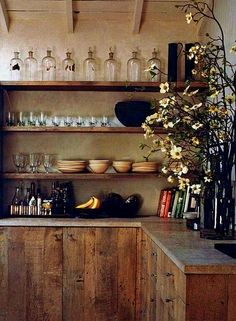 20 brilliant Rustic Farmhouse Kitchen Island Ideas - Page 7 of 25 Country Kitchen Designs, Country Farmhouse Decor, Farmhouse Kitchen Decor, Farmhouse Sinks, Farmhouse Kitchen Island, Kitchen Islands, Minimalist Kitchen, Kitchen Styling, Beautiful Kitchens