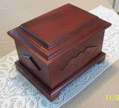 Human or Pet Cremation Urn Loved One Deep Cherry Wood Finish Beautiful New