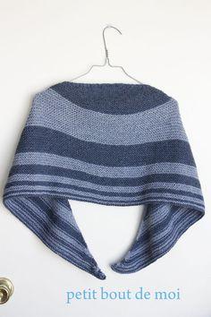Ravelry: Shawl Jean's pattern by collete audrey Knitted Shawls, Crochet Shawl, Knit Crochet, Crochet Stitches Patterns, Stitch Patterns, Knitting Patterns, Cowl Patterns, Patterned Jeans, Scarf Hat