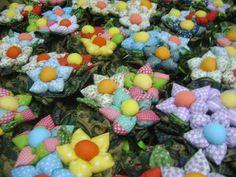 LiliArteira*Ü*ElianaTorres: Jardim de Flores em tecidos