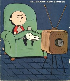 Oh my goodness. Snoopy is the cutest little thing on this planet. I love this cartoon! I grew up with it, and I love it to this day. ❤❤❤