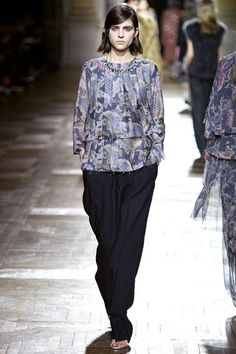 Dries Van Noten Fall 2013 Ready-to-Wear Collection Slideshow on Style.com#32