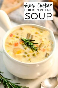 This lightened-up Slow Cooker Chicken Pot Pie Soup only takes 10 minutes of prep! This recipe is made from scratch {NO canned soups} and sure to please even the pickiest eaters! Plus it& gluten-free! Slow Cooker Chicken Healthy, Slow Cooker Soup, Slow Cooker Recipes, Soup Recipes, Cooking Recipes, Crockpot Recipes, Dinner Recipes, Chicken Cooker, Paleo Meals