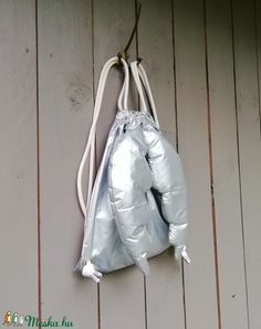 Angyalhátizsák, ezüst (zsiemankaje) - Meska.hu Gym Bag, Bags, Fashion, Handbags, Moda, Fashion Styles, Fashion Illustrations, Bag, Totes