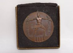 Vintage-1933-Art-Deco-Century-of-Progress-Chicago-Bronze-Exposition-Medal