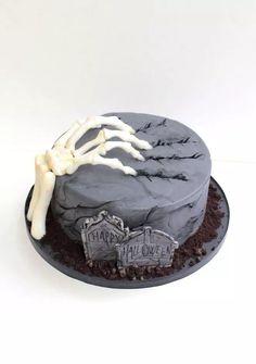 halloween cakes – Lamouri Cake Design Paris – Food and drink – … Halloween Desserts, Halloween Cupcakes, Plat Halloween, Halloween Food For Party, Halloween Treats, Happy Halloween, Halloween Cake Decorations, Easy Halloween Cakes, Halloween Fondant Cake